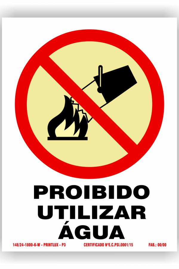 P3 – proibido agua